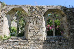 chapter house Longues sur Mer